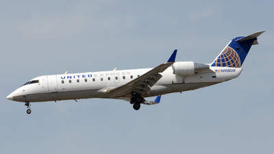 N908SW - Bombardier CRJ-200ER - United Express (SkyWest Airlines)