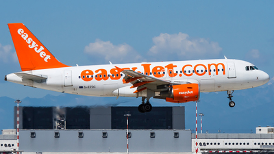 G-EZDC - Airbus A319-111 - easyJet