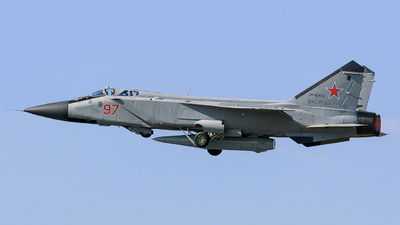 RF-92472 - Mikoyan-Gurevich MiG-31DZ Foxhound - Russia - Air Force