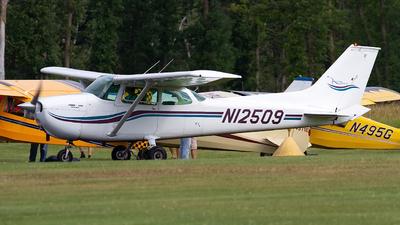 N12509 - Cessna 172M Skyhawk - Private