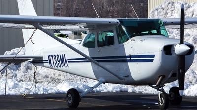 A picture of N739MK - Cessna 172N Skyhawk - [17270649] - © Xiamen Air 849 Heavy
