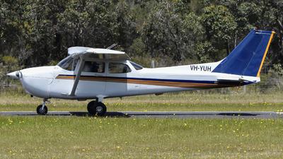 VH-YUH - Cessna 172R Skyhawk II - Private