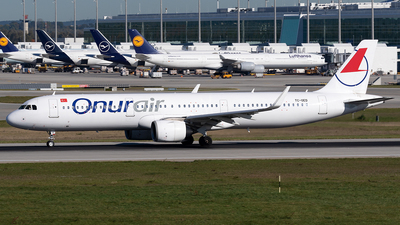 TC-OED - Airbus A321-253N - Onur Air