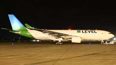 F-HLVL - Airbus A330-202 - Level (Open Skies)