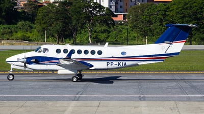 PP-KIA - Beechcraft B300 King Air 350 - Private