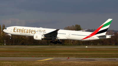 A picture of A6EPZ - Boeing 77731H(ER) - Emirates - © Csaba Zachar