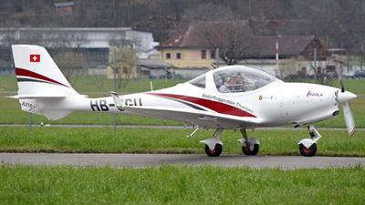 A picture of HBSGU - Aquila A211 - [AT01100C325] - © Mirko Bleuer