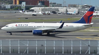 N373DA - Boeing 737-832 - Delta Air Lines
