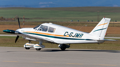 C-GJMR - Piper PA-28-235 Cherokee B - Private