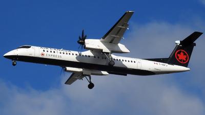 A picture of CGGFJ - De Havilland Canada Dash 8400 - Air Canada - © Stephan Dryagin