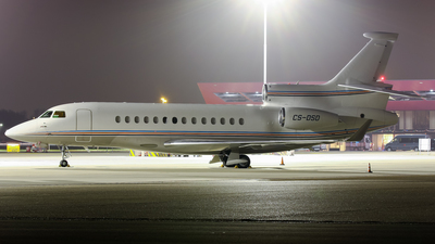 CS-DSD - Dassault Falcon 7X - Executive Jet Managment