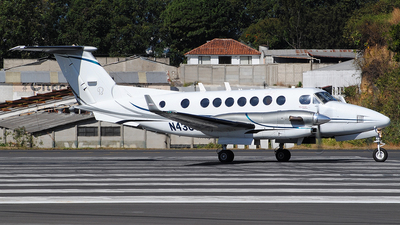 N430JT - Beechcraft B300C King Air 350C - Private