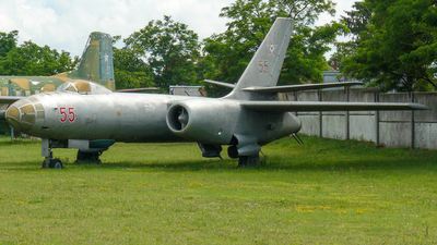 55 - Ilyushin IL-28 Beagle - Hungary - Air Force