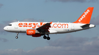 A picture of GEZIV - Airbus A319111 - easyJet - © Peter Baldwin