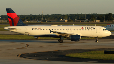 A picture of N372NW - Airbus A320212 - Delta Air Lines - © Carlos Vaz