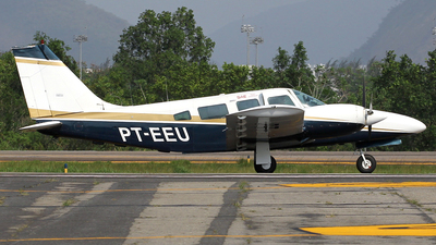 PT-EEU - Embraer EMB-810C Seneca II - Private