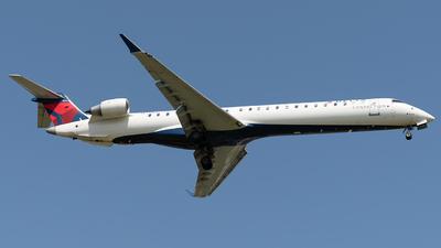 A picture of N341PQ - Mitsubishi CRJ900LR - Delta Air Lines - © Luis Bastardo | @lb.planes