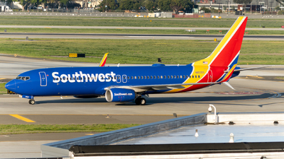 N8535S - Boeing 737-8H4 - Southwest Airlines