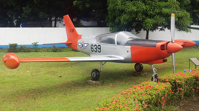 15-39 - SIAI-Marchetti SF260 - Philippines - Air Force
