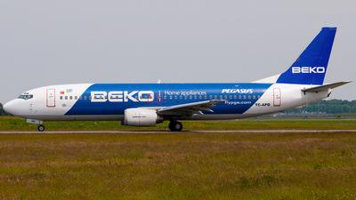 TC-APD - Boeing 737-42R - Pegasus Airlines