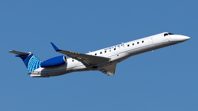 N12160 - Embraer ERJ-145XR - United Express (Commutair)