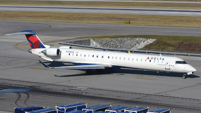 A picture of N336PQ - Mitsubishi CRJ900LR - Delta Air Lines - © DJ Reed - OPShots Photo Team