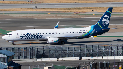 A picture of N287AK - Boeing 737990(ER) - Alaska Airlines - © Luca Flores