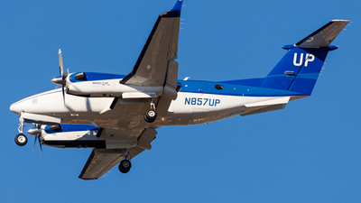 N857UP - Beechcraft B300 King Air 350i - Wheels Up