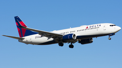 A picture of N382DA - Boeing 737832 - Delta Air Lines - © Wes B
