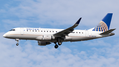 A picture of N88341 - Embraer E175LR - United Airlines - © Evan Dougherty