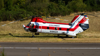 A picture of N190CH - Boeing Vertol 107II - [2002] - © Russell Hill