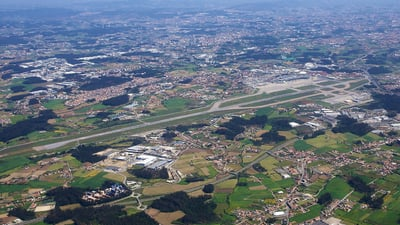 LPPR - Airport - Airport Overview