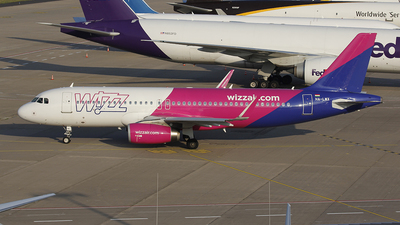 A picture of HALWX - Airbus A320232 - Wizz Air - © Bruno Sousa de Lima