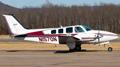 N1570N - Beechcraft 58 Baron - Private