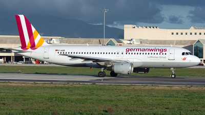 A picture of DAIQB - Airbus A320211 - [0200] - © PAUL LINK