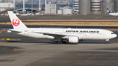 JA8985 - Boeing 777-246 - Japan Airlines (JAL)