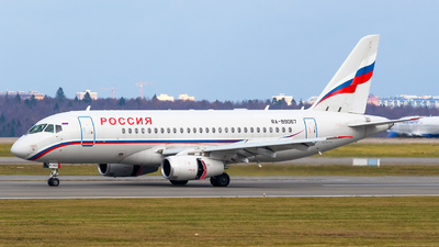 A picture of RA89067 - Sukhoi Superjet 10095LR - MCHS Rossii - © Greg Yablin