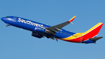 A picture of N8676A - Boeing 7378H4 - Southwest Airlines - © Alec Mollenhauer