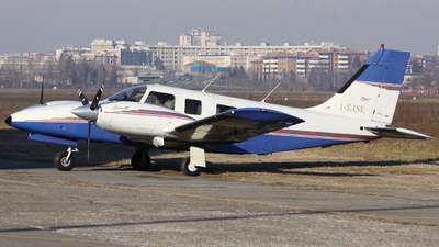 I-KISE - Piper PA-34-220T Seneca IV - Aero Club - Milano