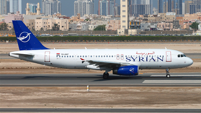 YK-AKF - Airbus A320-232 - Syrianair - Syrian Arab Airlines