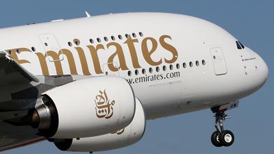 F-WWSJ - Airbus A380-861 - Emirates