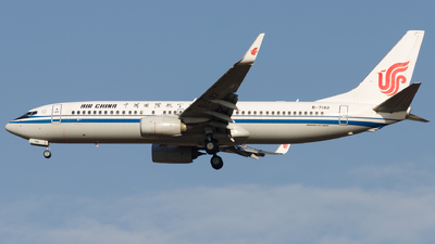 B-7182 - Boeing 737-89L - Air China