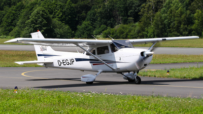 D-EGJP - Cessna 172S Skyhawk SP - JP Flugschule