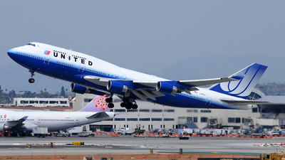 N199UA - Boeing 747-422 - United Airlines
