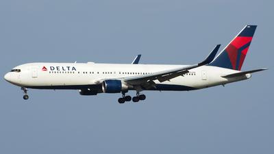 N184DN - Boeing 767-332(ER) - Delta Air Lines