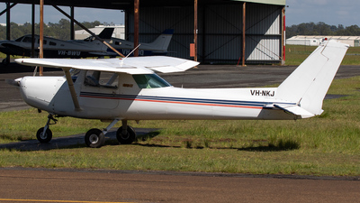 VH-NKJ - Cessna 152 - Private