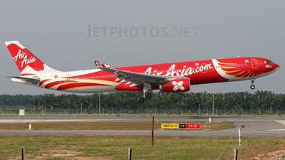 9M-XXT - Airbus A330-343 - AirAsia X