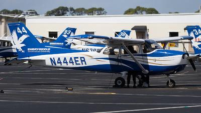 A picture of N444ER - Cessna 172S Skyhawk SP -  - © Maik Voigt