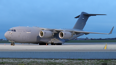 1227 - Boeing C-17A Globemaster III - United Arab Emirates - Air Force