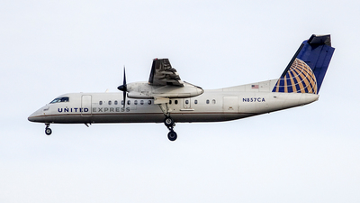 A picture of N857CA - De Havilland Canada Dash 8300 - [531] - © Yan777